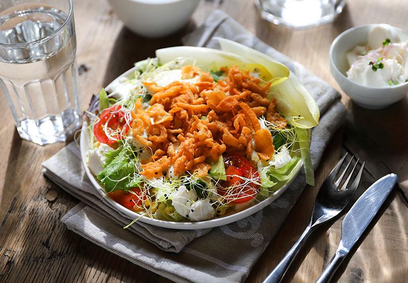 Lekker met Salad Topping